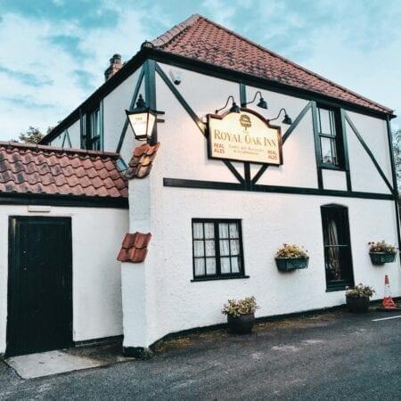 Lincolnshire Wolds Pub