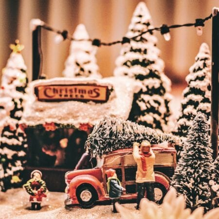 13 Memorable Christmas Traditions To Create For Your Family