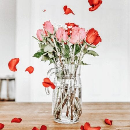 Why You Should Still Give Red Roses on Valentine's Day